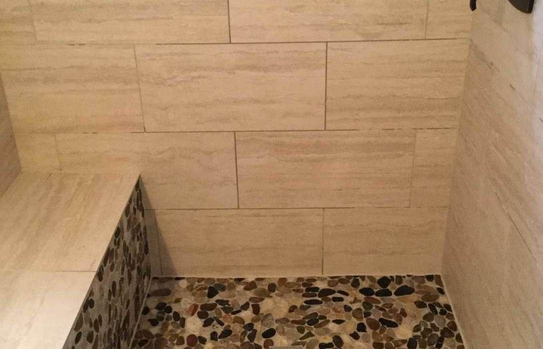 PLANO BATHROOM